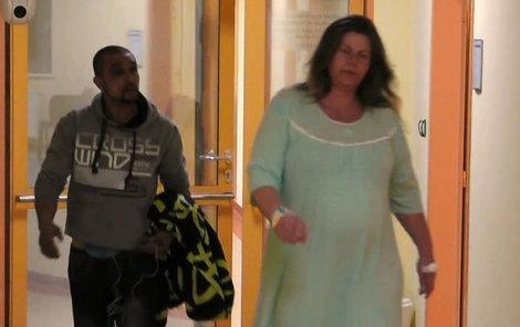 Hádka mezi bývalou vězenkyní Markétou a Romem Markem během porodu jejich dítěte.