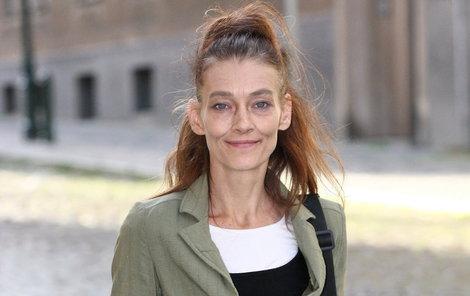 Herečka Monika Kvasničková