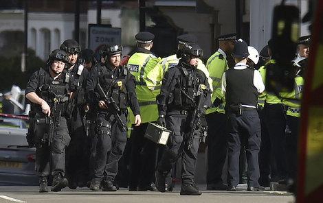Výbuch tašky v londýnském metru.