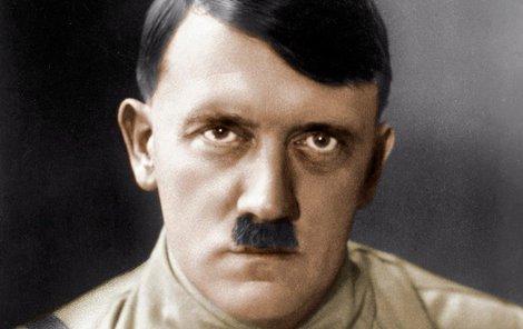 FBI odtajnila dokumenty z 21. září 1945, podle nichž vůdce nacistů utekl do Argentiny!