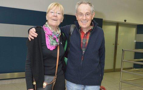 V roce 1977 spolu manželé emigrovali do Ameriky.