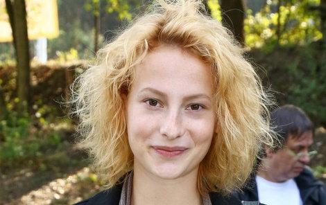 Anna Fialová (22) dosud nemá řidičské oprávnění.