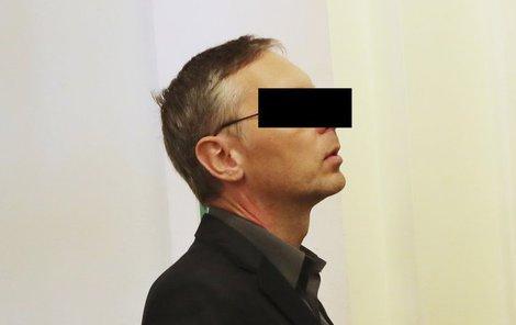 """""""Určitě jsem nechtěl nikomu ublížit,"""" řekl odsouzený otec v závěrečné řeči."""