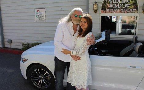 Daniel Hůlka se tajně oženil v Las Vegas