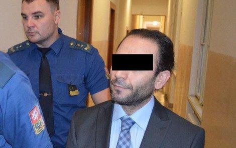 Turek Mehmet Ö. u soudu tvrdil, že chtěl Mohameda zbít.