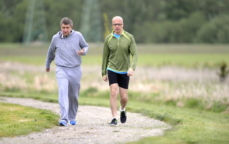 V květnu 2014 oblékli teplákovky, vydali se Andrej Babiš (63) a lídr europoslanců ANO Pavel Telička (52) na běh kolem Čapího hnízda.