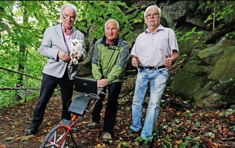 Zleva Leonhard Blume (73), Peter Lohr (71) a Gunter Eckardt (67) .
