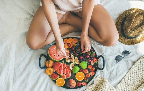 K předávkování vitamíny dochází zpravidla při užívání potravinových doplňků bez konzultace lékařem.