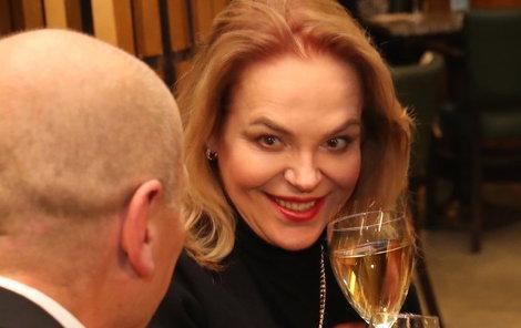 Slavnostní premiéru sice neviděla, ale připila na úspěch filmu Milada.