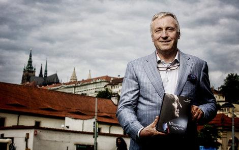 Mirek Topolánek se chce z podhradí dostat na Hrad, už vyhlásil útok.
