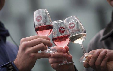 Zpříjemněte si víkend lahodným mladým vínem.