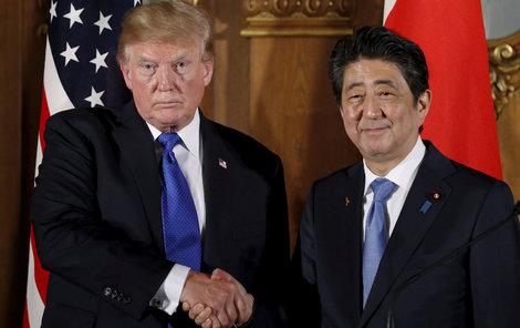 Donald Trump a Šinzó Abe