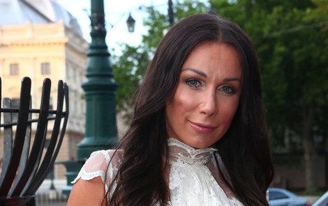 Stříleli po ní! Kvůli ilegálním psím zápasům ohrozili reportérku Markízy Kristínu Kövešovou (34)!