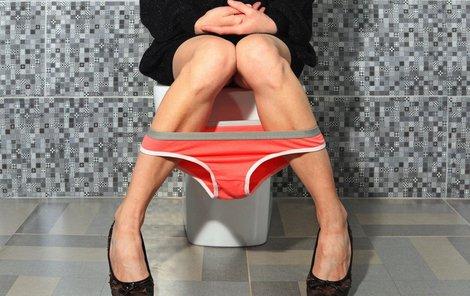 Odvážná žena upozornila na problém s hygienou na dámských toaletách.