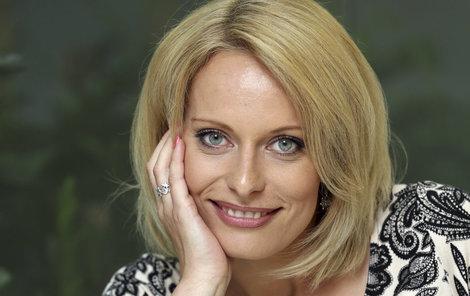 Kristina Kloubková (40) odhalila na fotce v galerii svou přirozenou krásu.