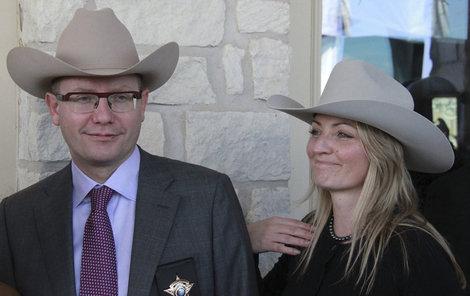 Sobotka s manželkou Olgou ohlásili rozchod v červnu.