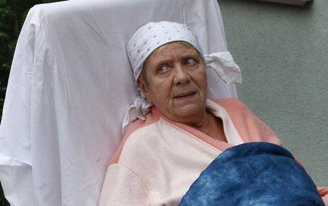Herečka nastoupila na rehabilitační oddělení.