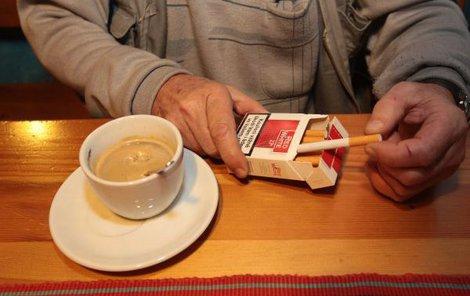 Dnes v Senátu cupují »protikuřáka«!