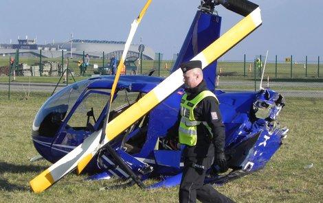 Při dopolední nehodě malého vrtulníku typu Robinson v Brně-Tuřanech se vážně zranila dvoučlenná posádka