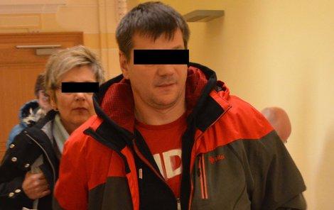 Policista se proti rozsudku na místě odvolal.