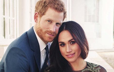 Princ Harry a Meghan Markle: Zveřejnili společné vánoční fotky!