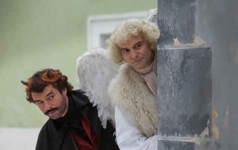 Anděl Páně 2: Druhý díl o potížích anděla a čerta čekal na natočení 11 let po premiéře jedničky.