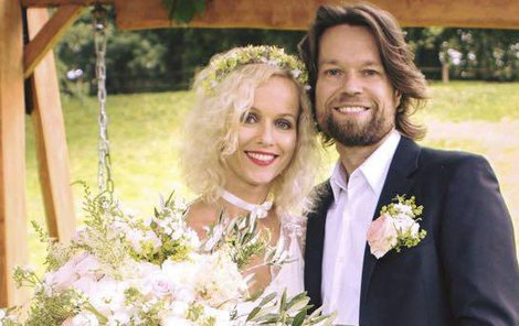 Richard Krajčo (40) a Karin Babinská (43)