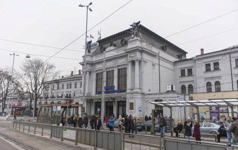Spolu s Břeclaví je brněnské nádraží nejstarším v Česku.