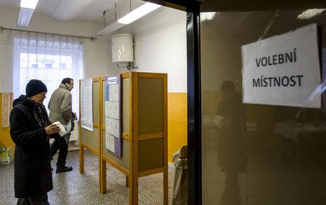 Už dnes začíná v Česku volba hlavy státu a podruhé máme možnost vybrat si ji přímo.