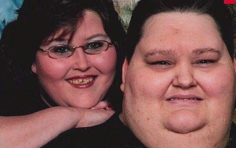 Lee a Rena vážili 570 kilo.