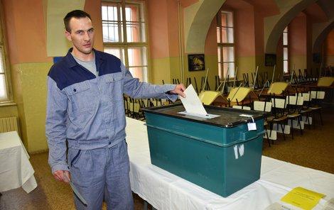 Josef Kantner hodil do urny stejně jako další vězni lístek se jménem Drahoše.