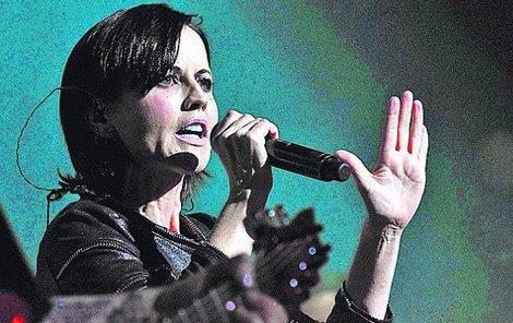 Dolores O'Riordan, irská zpěvačka skupiny The Cranberries