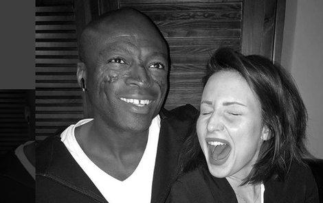 Veronika Arichteva ulovila fotku se zpěvákem Sealem.