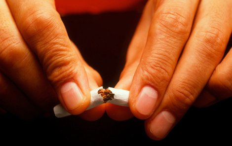 Dnes je svět mnohem zdravější, ale přesto umírá na nemoci spojené s kouřením 5 milionů lidí ročně.