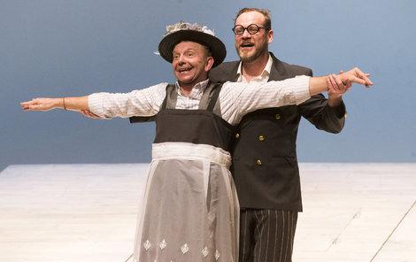 Filip Blažek a Miroslav Vladyka v představení Titanic