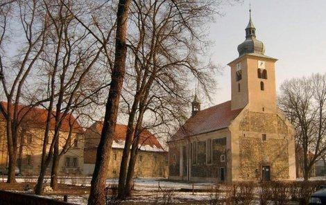 Takto kostel vypadal před zřícením.