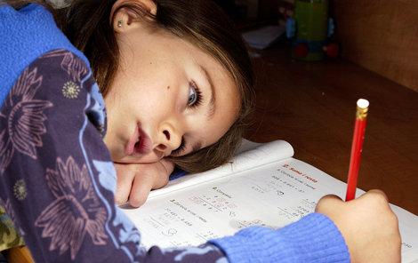 Zkuste změnit postoj dítěte k učení pomocí šikovným knížek.