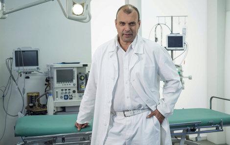 Petr Rychlý jako Čestmír Mázl