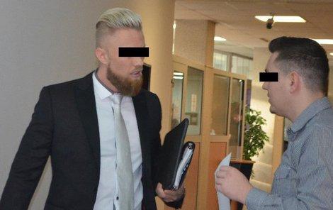 Michal H. tvrdí, že se proti němu spikli ti, které coby policista vyšetřoval.