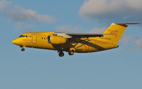 Letadlo An-148 se zřítilo u Moskvy, na palubě bylo 71 osob, jejich šance na přežití jsou minimální.