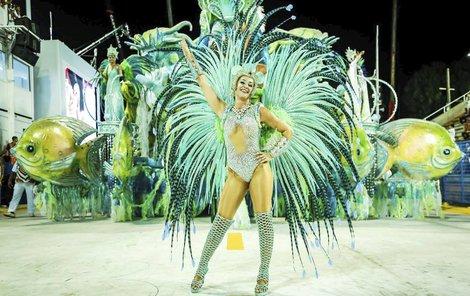 Britka Samantha Flores (37) je první cizinkou, která povede karnevalový průvod.