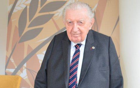 Nejstarší senátor František Čuba (SPO)