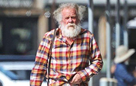 Nolte měl našlápnuto k velké kariéře, herec dnes ale vypadá jako bezdomovec.