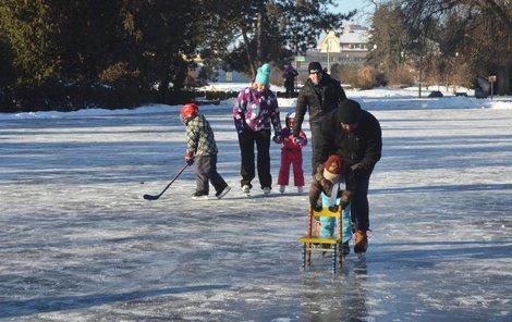 Nejbližší dny budou přát zimním sportům.