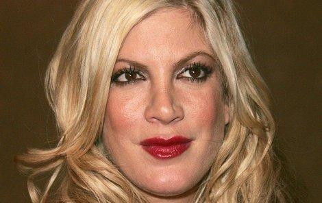 Oteklá Donna z Beverly Hills: Hlava jako meloun | Ahaonline.cz