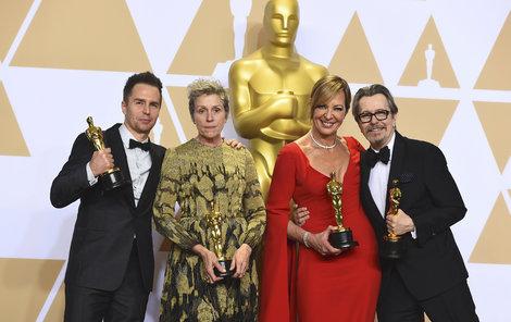 Sam Rockwell (49), Tři billboardy kousek za Ebbingem – nejlepší herec v hlavní roli. Frances McDormand (60), Tři billboardy kousek za Ebbingem – nejlepší herečka v hlavní roli. Allison Janney (58), Já, Tonya – nejlepší herečka v hlavní roli. Gary Oldman (59), Nejtemnější hodina – nejlepší herec v hlavní roli