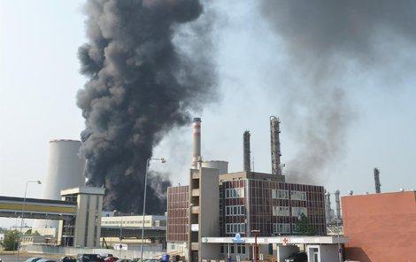 Po výbuchu v Unipetrolu.