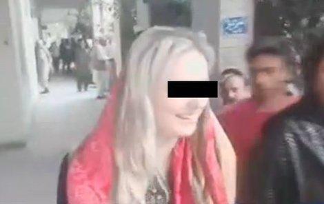 Nově záběry Terezy z Pákistánu: Zakulatila se a rozdávala úsměvy!