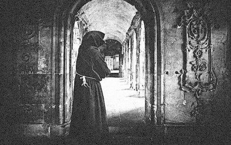 Mnich chtěl bratrovi pomoci.