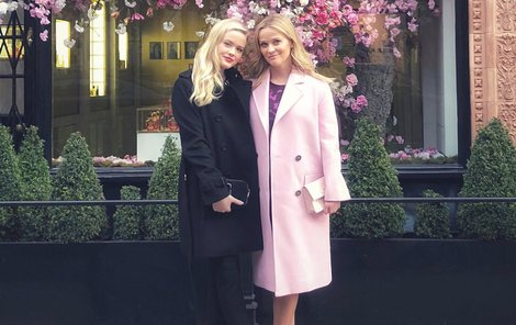 Reese Witherspoon (41) s dcerou (18)